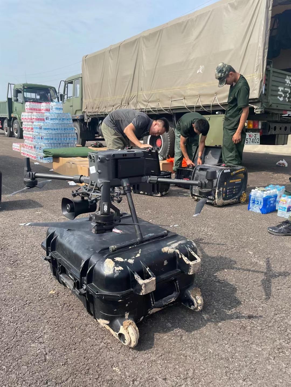 河南灾区随处可见的大疆应急救援无人机,大疆系留救援无人机